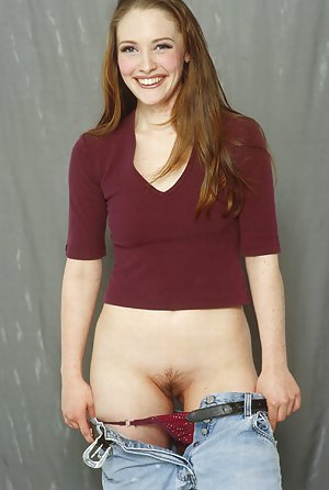 naked tight girls spread