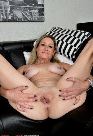 Big naturals Porn